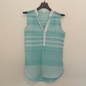 Truth NYC sheer sleeveless top size large